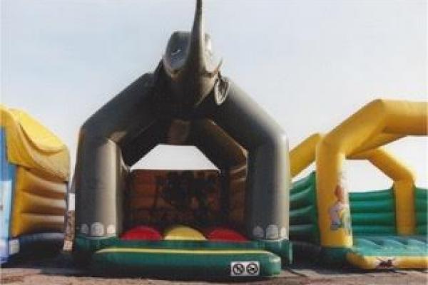 Springkasteel 5,5 x 5 meter Olifant