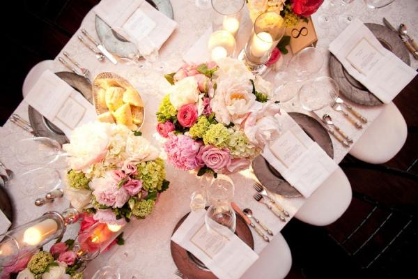 Tafels en stoelen huren - Feestelijke tafels ...